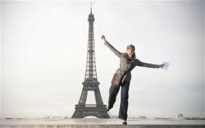 Parijse vrouw met broek